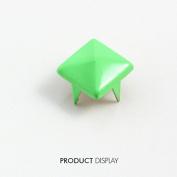 200pcs Steampumk Craft Metal Painted Green 4 Studs Prong Spike Spot Tack Nailhead Rivets 9x9mm Garment Sewing Supplies K230