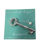 The Vintage Pearl Vintage Skeleton Key Necklace With Cultured Pearl - Dream