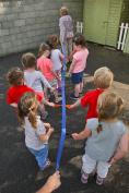 "Walk""n""Line Toddler Walking Rope/Leash For 12 Chilren With Shoulder / Waist Carry Bag"