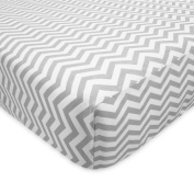 American Baby Company 100% Cotton Flannel Fitted Crib Sheet, Grey Chevron, 70cm x 130cm