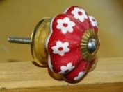 int. d'ailleurs - red and white flowers pumpkin handles - KNB454