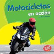 Motocicletas En Accion (Motorcycles on the Go) (Bumba Books en Espanol Maquinas en Accion  [Spanish]