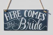Meijiafei Here ComesThe Bride Chalk Sign