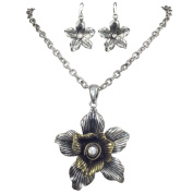 Vintage Look Textured Flower with Rhinestone Centre Necklace & Earrings Set