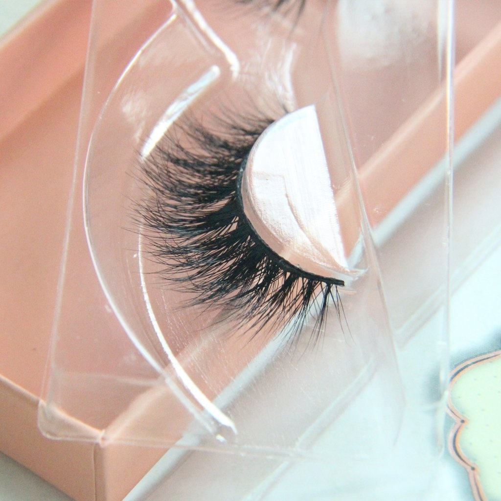 00927685605 Arimika Handmade Natural 3D 100% Authentic Mink Fur False Eyelashes For Makeup  1 Pair Pack by Arimika Lash - Shop Online for Beauty in New Zealand