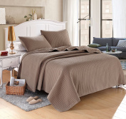 Taupe Solid Colour Quilt 220cm L-220cm W, 2 Shams 50cm L-70cm W . Hypoallergenic, Finely Stitched, All Seasons, durable, washable.
