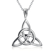 925 Sterling Silver Good Luck Irish Triangle Celtic Knot Vintage Pendant Necklace