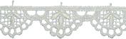 Daisy Edge Trifoil Trim 1.9cm X10yd-Oyster