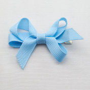 Wee Ones Baby Classic Grosgrain Hair Bow on a WeeStay Clip w/Plain Wrap