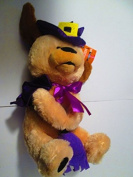 Animated plush dog with Purple witch hat, cape and broom and pumpkin 25cm +13cm hat