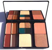 Glamour Magnet Holiday Palette