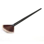 Fullkang 1PC Fan Brush Portable Slim Professional Makeup Brush