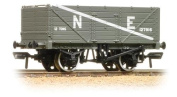 37-089 Bachmann OO - 7 waggon with end door 324910cm LMS grey
