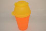 1 A Tupper Shaker Cup Shaky 330 ml Orange/Yellow