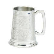 Edwin Blyde & Co 1 Pint Tankard with Solid Metal Base - Rolled Celtic Pattern on Body - Standard handle, Pewter