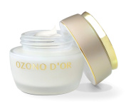 Ozone Anti-ageing Cream 50 g. NATURAL moisturising anti-wrinkle cream with extra virgin olive oil and ozone. Is a natural regenerating, antioxidant and oxygenating cream because of the Monozolides that are made in the union of both compounds. Returns t ..