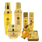 FARM STAY Honey and Gold Essential Skin Care Set Toner Emulsion Anti Wrinkle Cream
