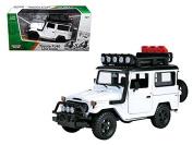 "Toyota FJ40 Land Cruiser White ""4x4 Overlanders"" Series 1/24 Model Car by Motormax"