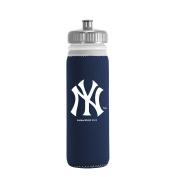 MLB New York Yankees Van Metro Squeezable LDPE Water Bottle, Blue, 650ml