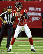 Matt Ryan Atlanta Falcons Autographed 20cm x 25cm Red Looking to Pass Photograph - Fanatics Authentic Certified