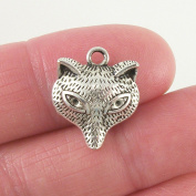 10 pc Fox charm Animal Charm 18x15mm, antique silver