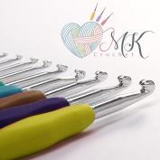 MK Crochet Hook Set - 9 Piece Aluminium - Comfort Grip - Soft Rubber Handles