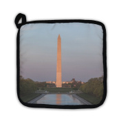Gear New 5516218-GN-PH1 Washington Monument Mirrored in The Pot Holder