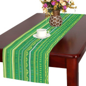 InterestPrint Green Clover Cotton Table Runner Placemat 41cm x 180cm , Spring Shamrock Table Linen Cloth for Office Kitchen Dining Wedding Party Home Decor