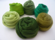 Heidifeathers Merino Felting Wool Tops - 'Gleeful Greens'