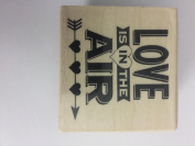 WOOD STAMP LOVE IS IN THE AIR