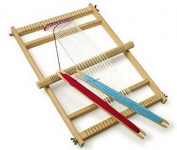 Traditional beginners wooden weaving loom set