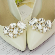 Casualfashion 2Pcs Luxury Crystal Shoe Clips Removable Rinestone Shoe Buckles Decorative Shoe Accessories for Women