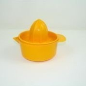 YBM Home Citrus Manual Hand Juicer With Bowl Sized To Fit Lemons, Limes And Oranges Colours May Vary #Ba147 (1) , Null