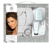 Daisy Fuentes Deluxe Shower Robe Set