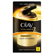 Olay Total Effects 7in1 Touch of Sunshine with SPF 15 - Light (37ml) by Olay