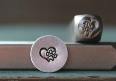 Brand New Supply Guy 6mm Heart with Dog Paw Metal Punch Design Stamp CH-141