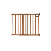 Home Safe Stairway Deluxe Wood Gate by Summer Infant