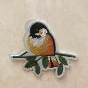 4 Pcs of Hanging on Birds DIY Applique Embroidered Patch Iron On Or Sewing On