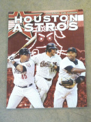HOUSTON ASTROS BASEBALL YEARBOOK - 2008 - NEAR MINT