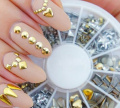 Gemini_mall® Professional High Quality Manicure 3D Nail Art Decorations Wheel With Gold And Silver Metal Studs In 6 Different Shapes