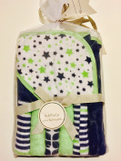 L'amour by Baby Kiss Hooded Towel Set with 6 Pack Washcloths and Decorative Hanger, Stars