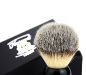 Luxury Shaving Brush With Synthetic Hair in Black Handle. Easy to Maintain Hair. Perfect For All Type Of Hair