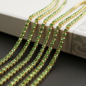 USIX 10 Yards Crystal Rhinestone Close Chain Trimming Claw Chain Multi Size Colour Rhinestone Chain for DIY Arts Craft Sewing Jewellery Making, Green-Gold Chain, SS6/2.0MM