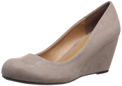 CL by Chinese Laundry Women's Nima-w Super Sued Wedge Pump