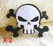 Felt Applique 40x40mm Iron on Applique Black White Skull Halloween applique (Set of 2) C013
