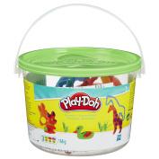 PLAY-DOH Animal Creations Bucket