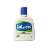 Cetaphil Fragrance Free Moisturising Lotion, 120ml + FREE Schick Slim Twin ST for Dry Skin