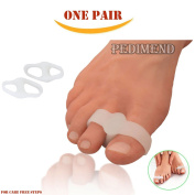 PEDIMEND Silicone Gel Toe Separators (One Pair) - Hallux Valgus Bunion Corrector - Soft Gel Bunion Splint - Toe Straightener / Toe Spacer - Bunion Cushion for Overlapping Toes / Hammer Toes – Foot Care