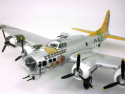 Boeing B-17 Flying Fortress Bomber 1/72 Scale Diecast Model