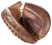 Rare Ernie Lombardi Single Signed Game Model Catchers Mitt Glove COA HOF - PSA/DNA Certified - Autographed MLB Gloves